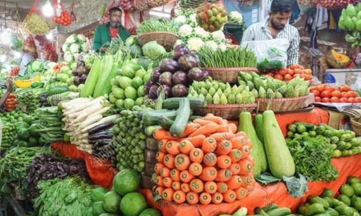 কুমিল্লার বাজারগুলোতে ভরপুর শীতকালীন সবজি